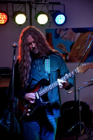 Michael Lee Firkins 044