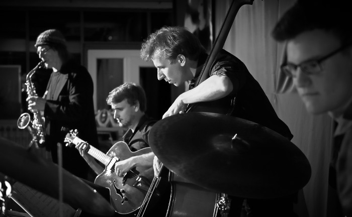 Marius Peters Trio feat. Heiner Wiberny